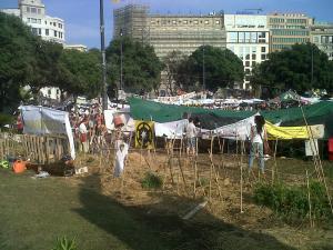 Huerto ecológico en plaza de Catalunya, el pasado 22 de mayo